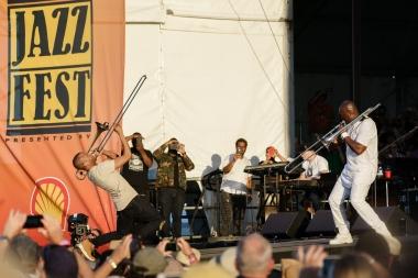Trombone Shorty and Ray Greene, Santana